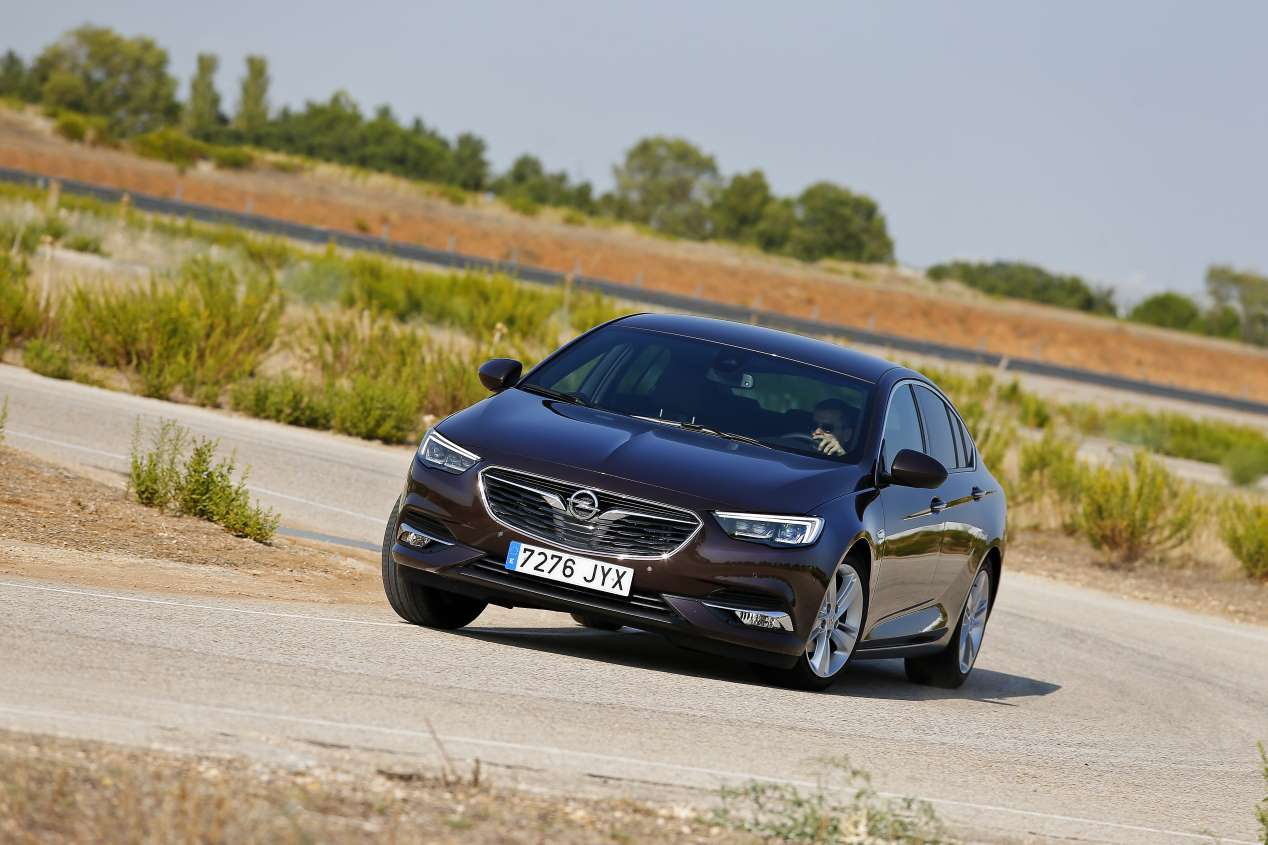 Opel Insignia Grand Sport 2.0 Turbo 4x4 AT8: primeras impresiones