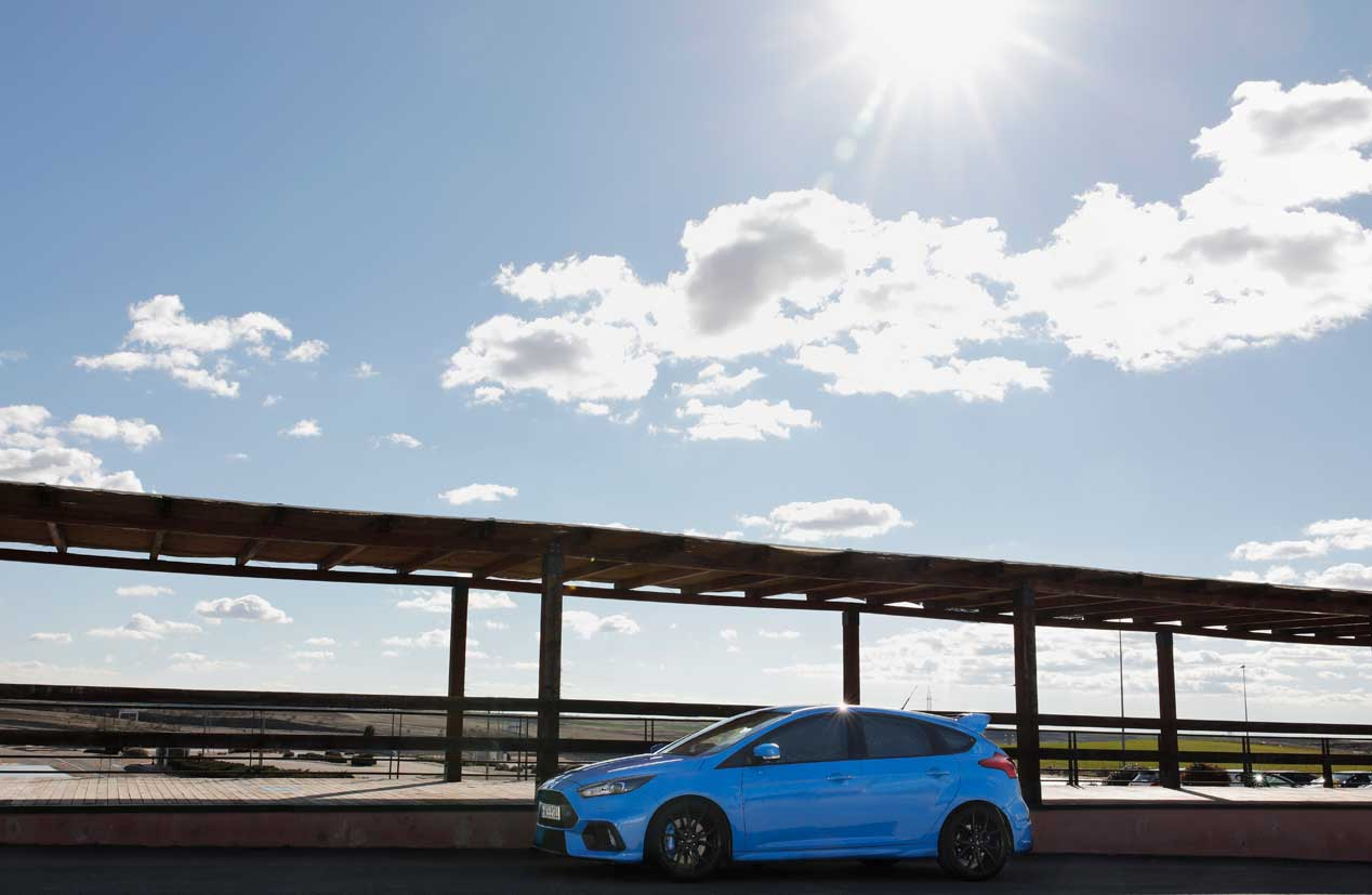 Ford Focus RS, el BuzzCar para encontrar la felicidad