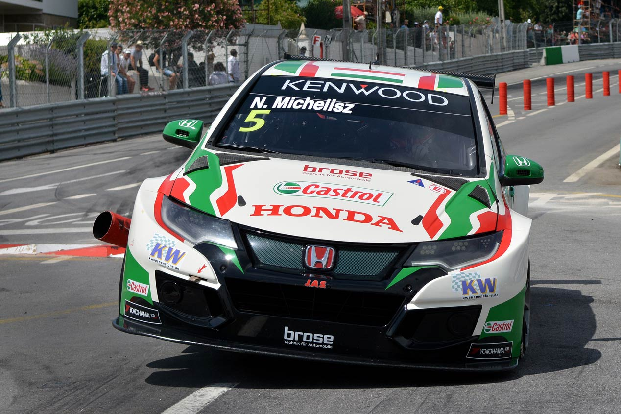 El nuevo Honda Civic TCR toma las riendas