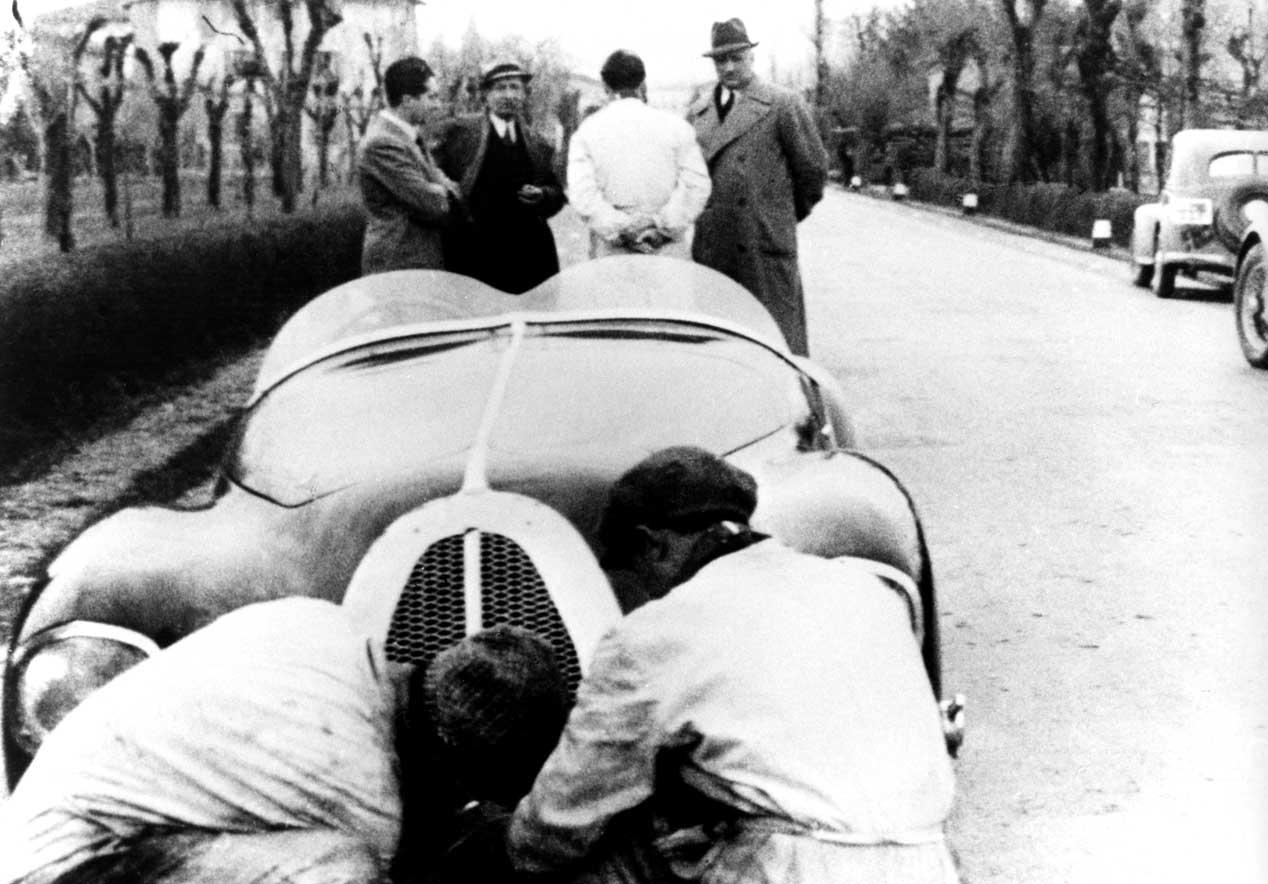 El museo Enzo Ferrari abrirá una nueva exposición fotográfica
