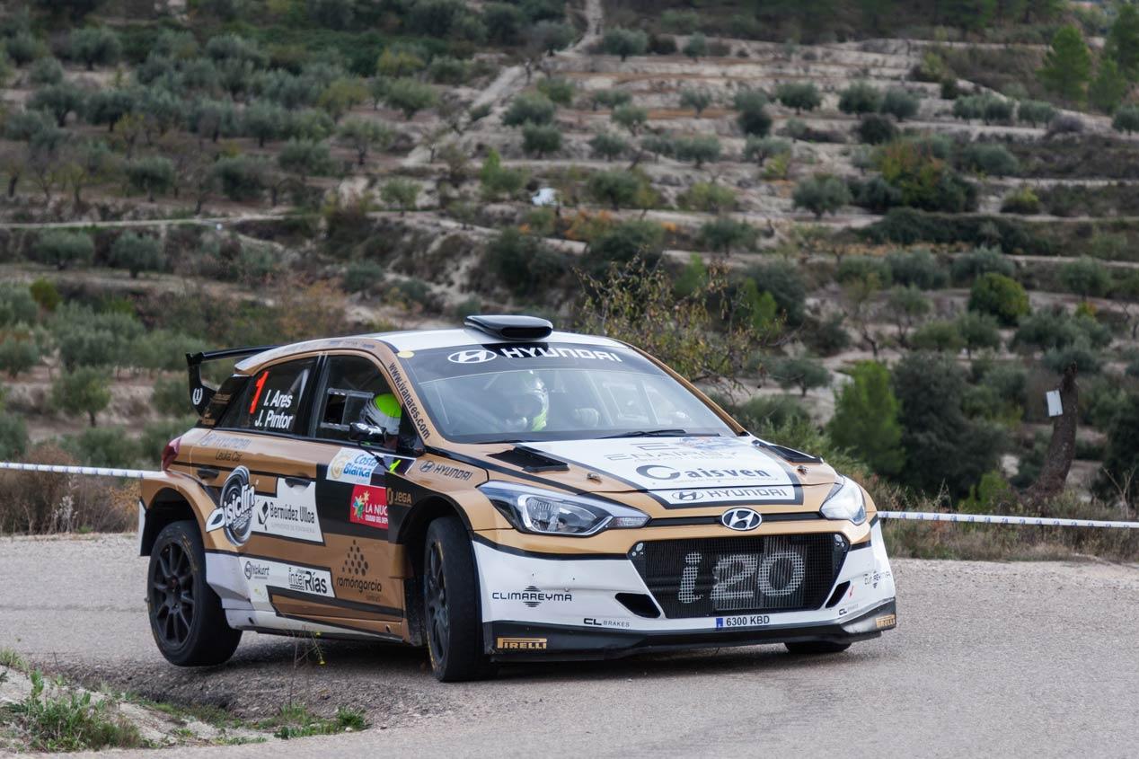 Iván Ares, a defender el título de campeón de España de rallyes con Hyundai