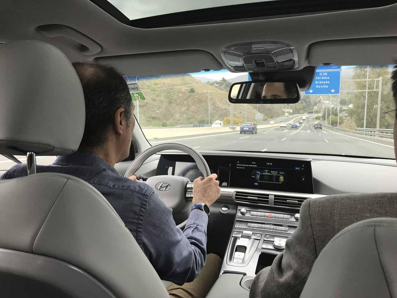 Probamos el Hyundai Nexo, el eléctrico con pila de combustible de hidrógeno