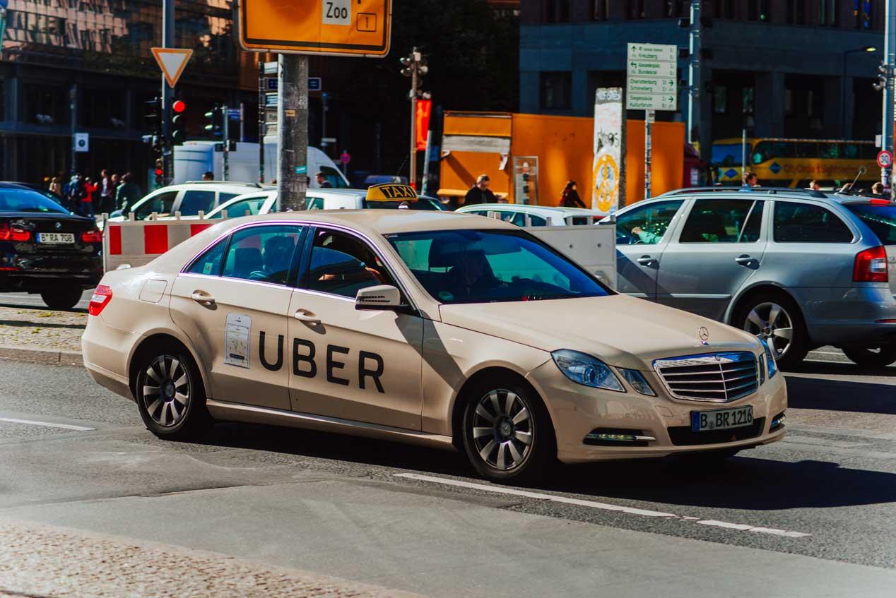 Taxi, Uber o Cabify ¿qué preferimos y qué es mejor?