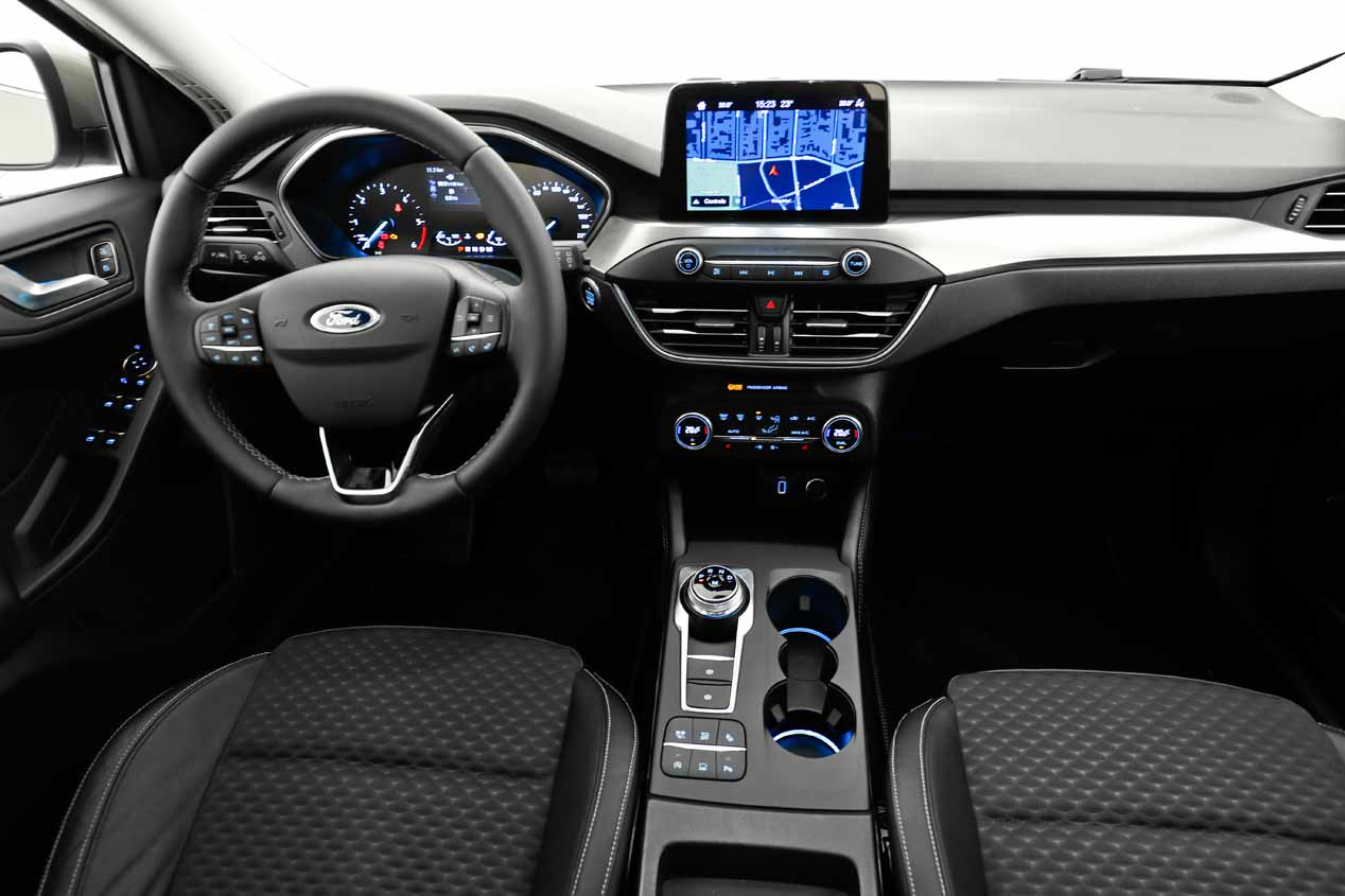 Ford Focus 2018 interior