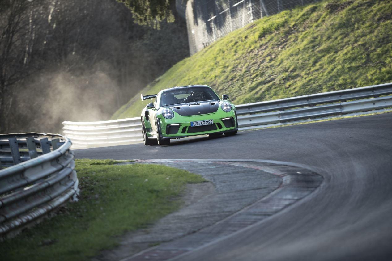 Porsche 911 GT3 RS: volando en el Infierno Verde