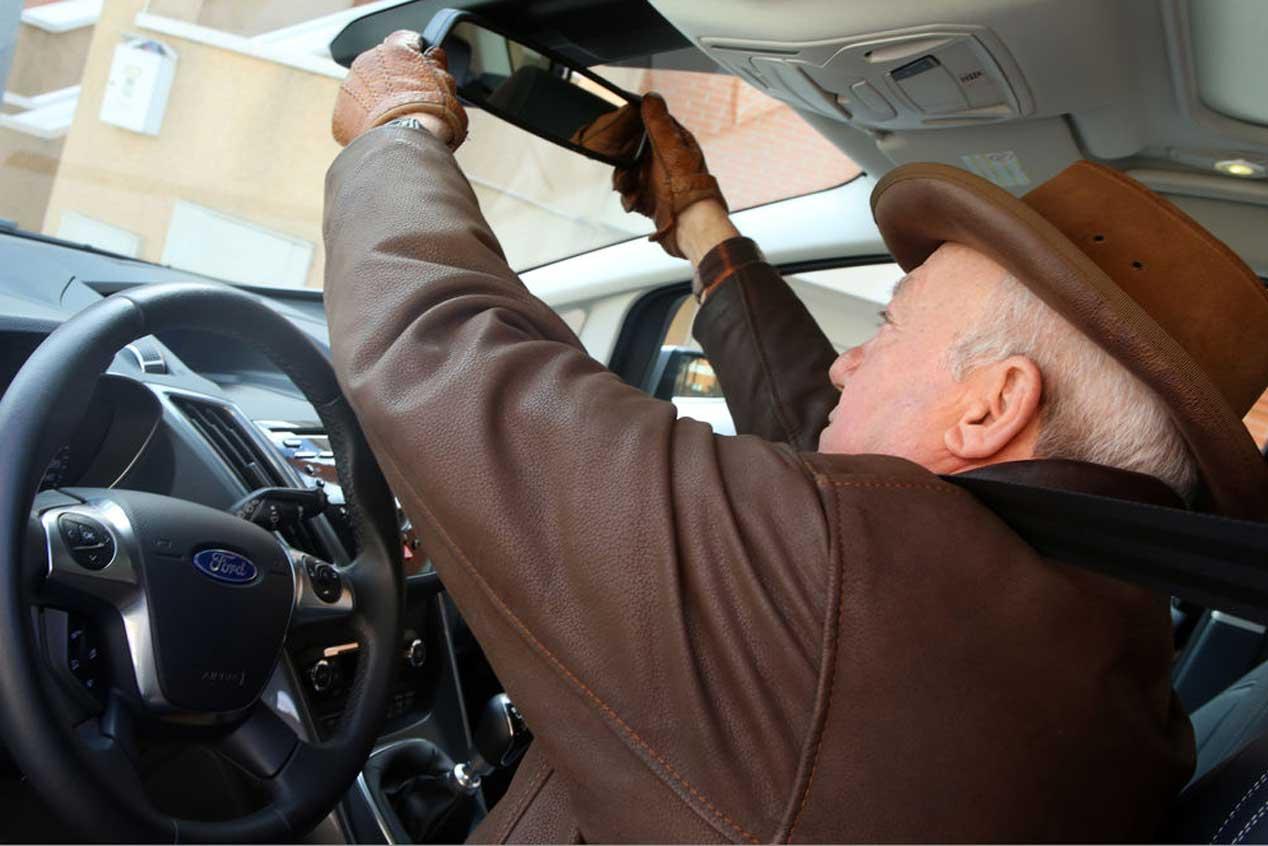 Conducir más allá de los 65, experiencia vs ancianidad
