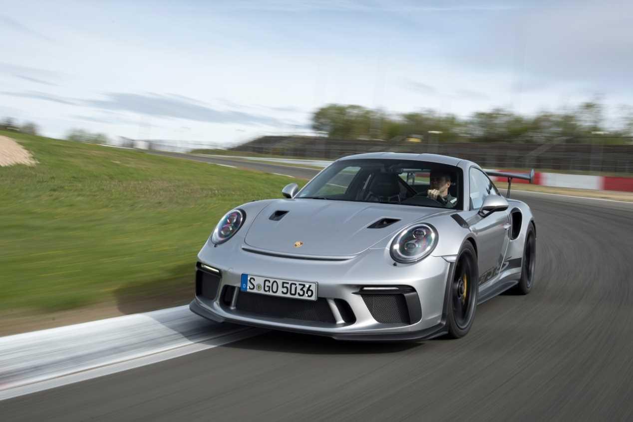 Porsche 911 GT3 RS: a prueba en el circuito de Nürburgring