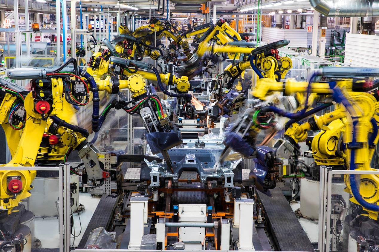 Taller de chapistería de Seat: una coreografía de 2.000 robots (vídeo)