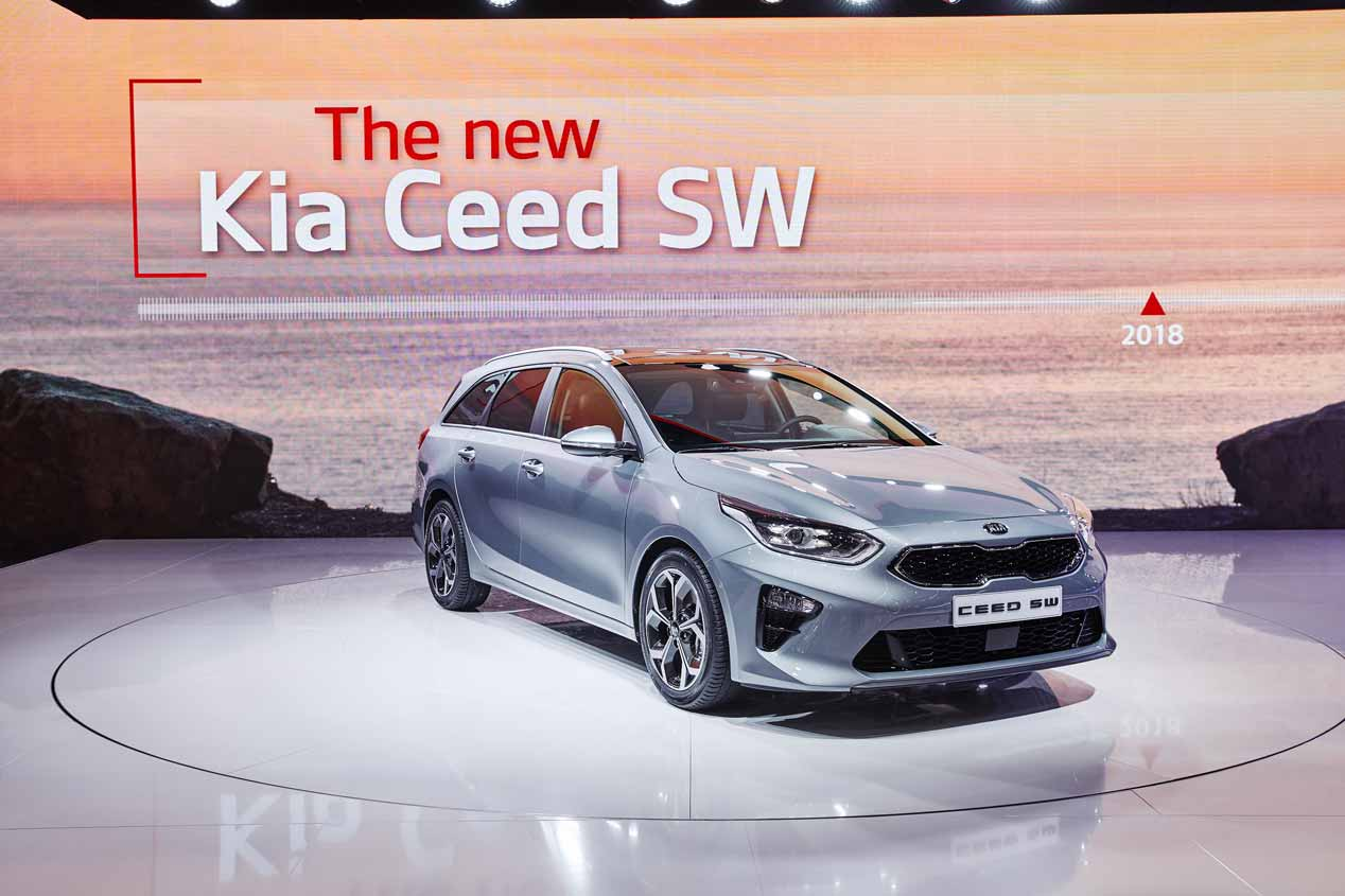 Ford Focus 2018 vs Kia Ceed 2018