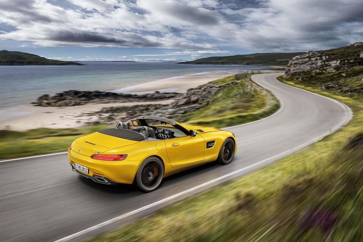 Mercedes AMG GT S Roadster, 522 CV bajo el cielo