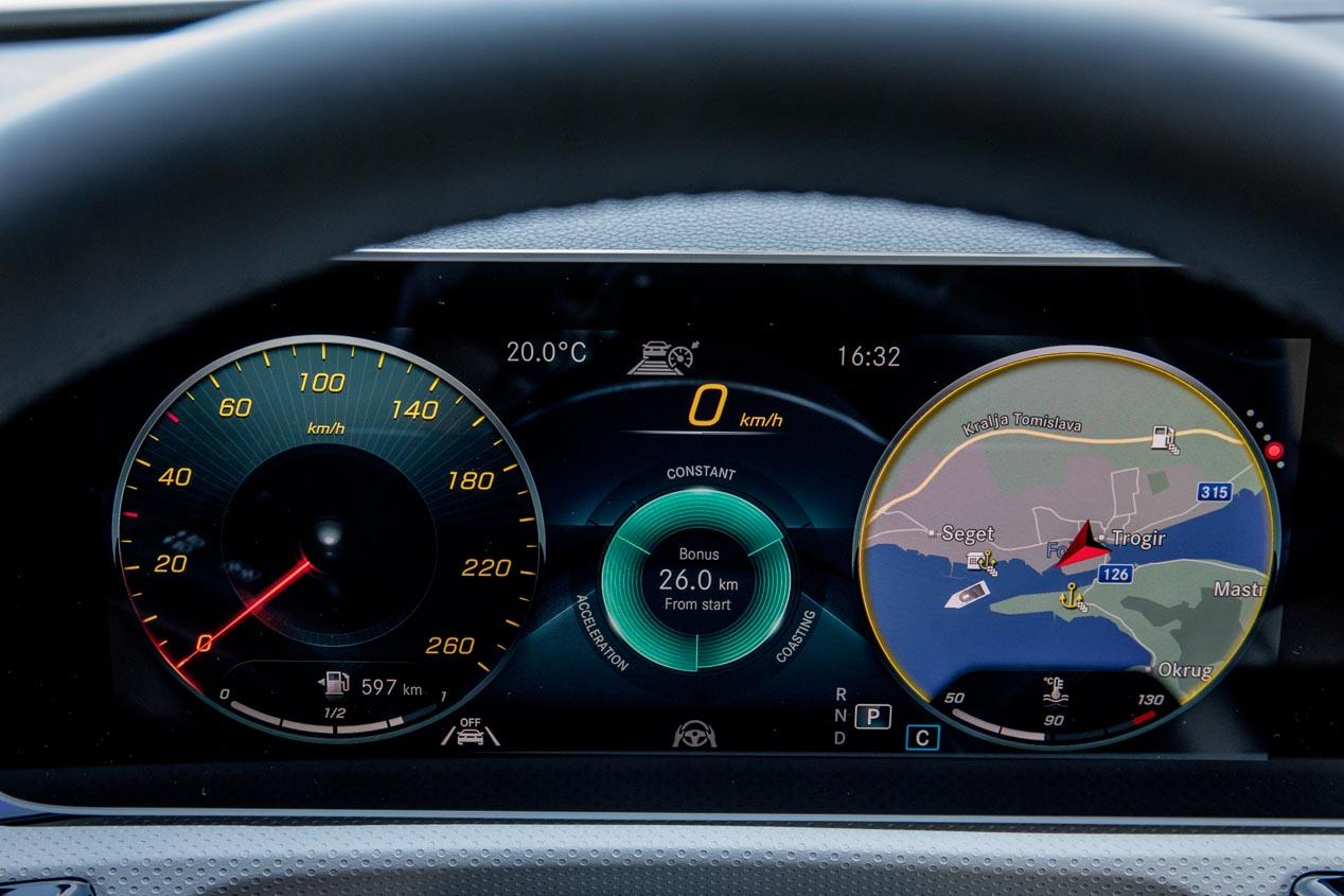 Mercedes Cla 2019 Nuevos Datos Sobre Motores Diseno Del Interior