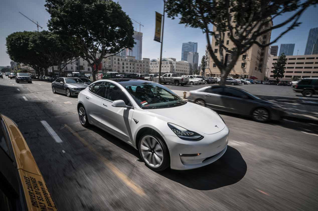 En imágenes, nuestra prueba a bordo del Tesla Model 3