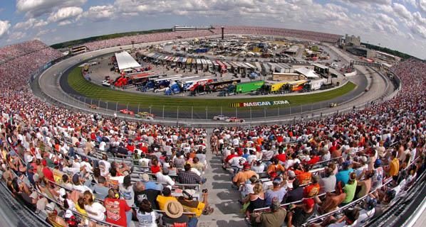 NASCAR: Jimmie Johnson logra su segunda victoria