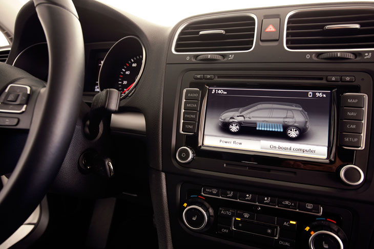 VW Golf eléctrico, al volante