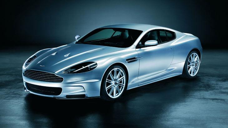 El Aston Martin DBS es la simbiosis entre la competición y la calle.