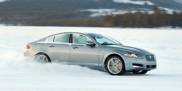 Los Jaguar XF y XJ tendrán tracción integral