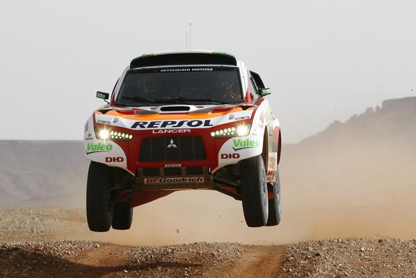 Cuatro Lancer Racing en el Dakar