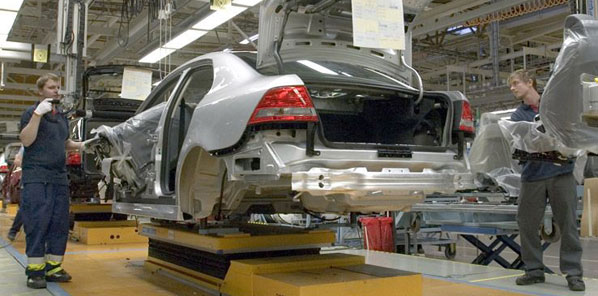 Ecclestone podría hacerse con Saab
