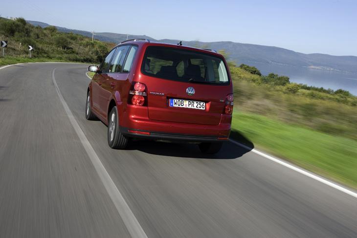 Volkswagen Touran: los pilotos traseros son nuevos.