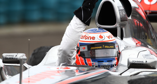 F1: Button gana en Hungría