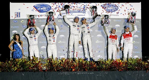 Petit Le Mans: Victoria de Peugeot