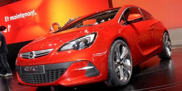 Opel Astra GTC París