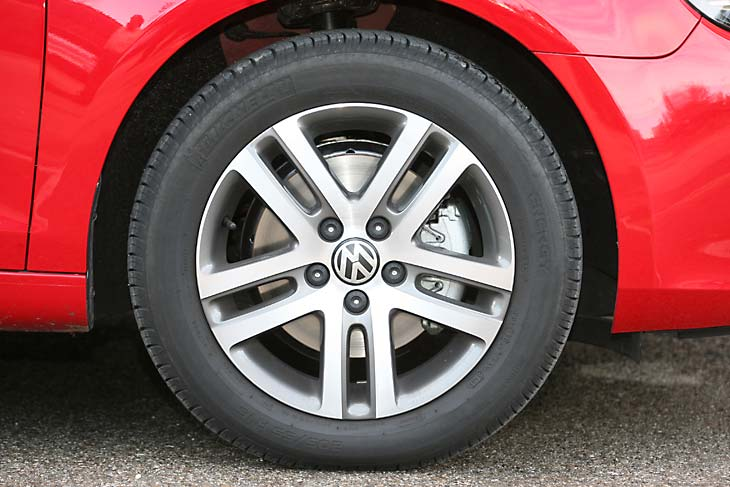 Volkswagen Golf 1.4 TSI frente al Golf 2.0 TDI  exterior