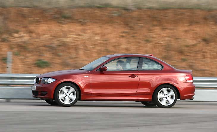 Volkswagen Scirocco y rivales: BMW 120D
