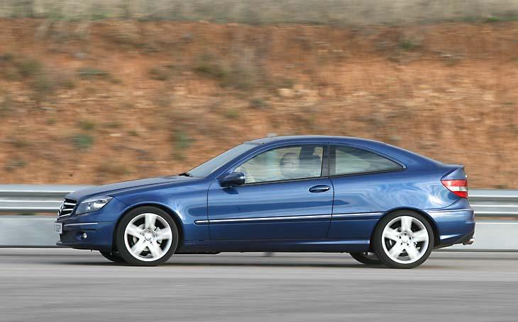 Volkswagen Scirocco y rivales: Mercedes CLC