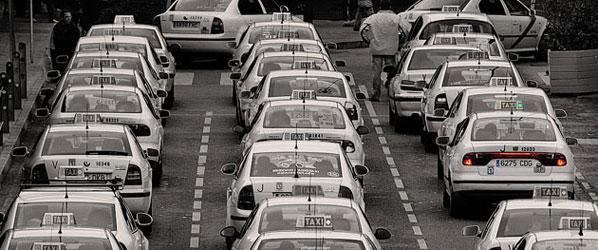 Más de 30.000 taxistas se manifiestan en Madrid