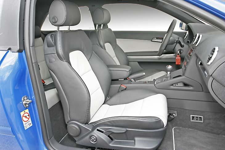 La ergonomía de los asientos delanteros es muy buena