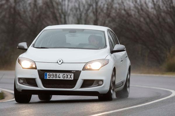 Citroën C4 2.0 HDi 150 CV vs Opel  Astra 2.0 CDTi 160 CV y Renault Mégane 2.0 dCi 160 CV