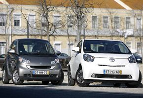 Smart Fortwo Coupé mhd Vs Toyota iQ 1.0 VVT-i