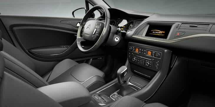 Citroën C5: Citroën C5: servicio de emergencia y asistencia de serie