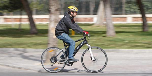 Andalucía se opone a uso obligatorio casco ciclista en la ciudad
