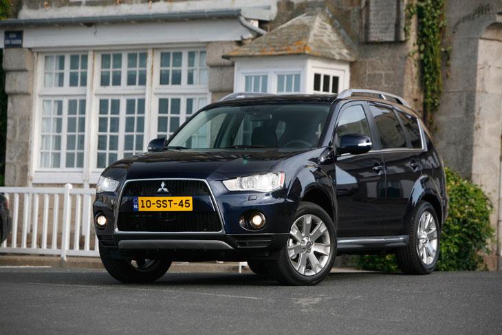 Mitsubishi Outlander Contacto
