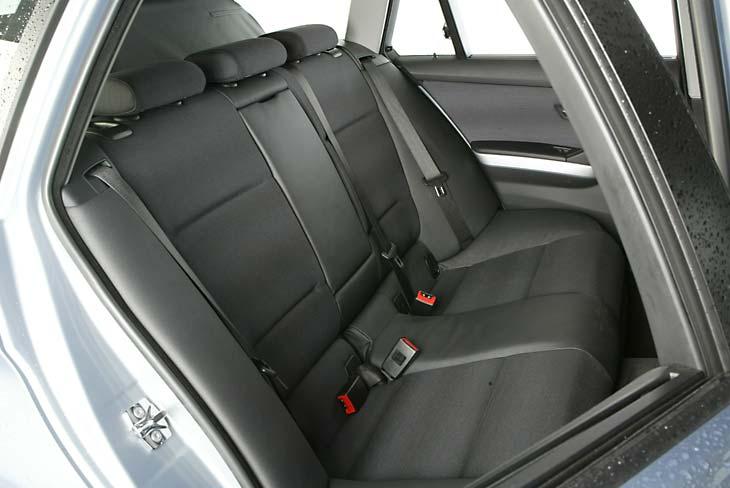 BMW 320d Touring pequeña