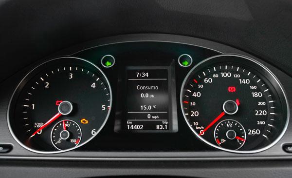 VW Passat 1.6 TDi vs Volvo S60 Drive