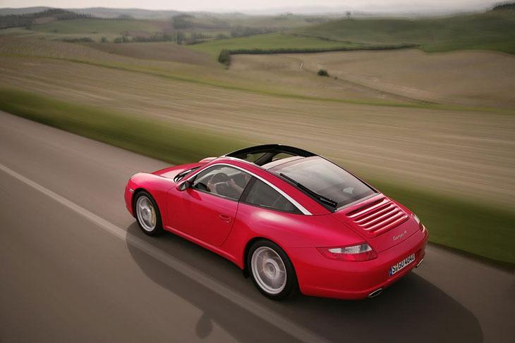 El Porsche 911 amplía su gama con dos variantes Targa