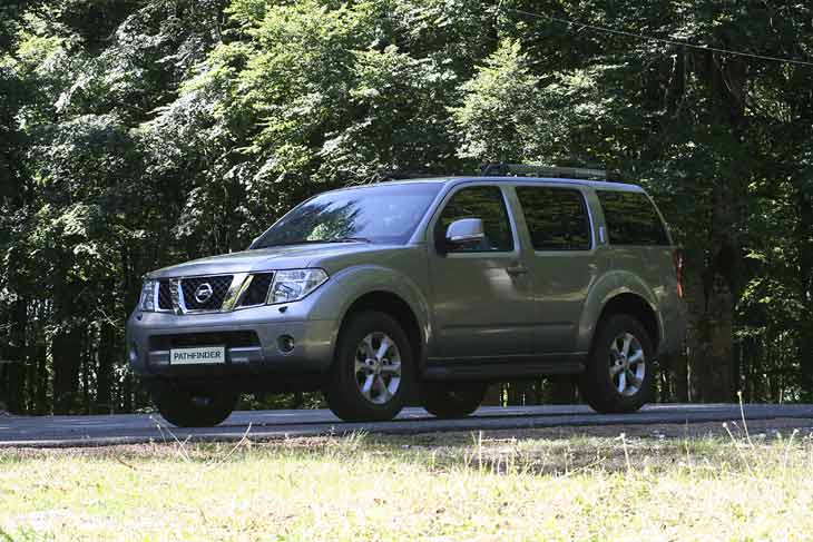 Nissan Pathfinder y Navara 08