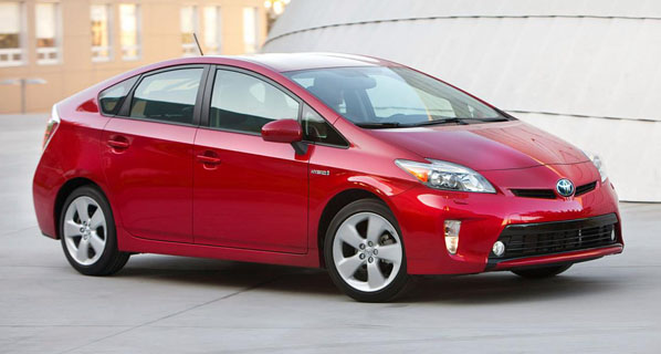 Toyota presenta el restyling del Prius