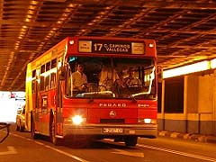 Las esperas de autobús reducen el número de usuarios