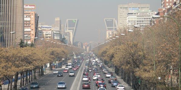 Permitiran emitir más CO2 a los coches más seguros
