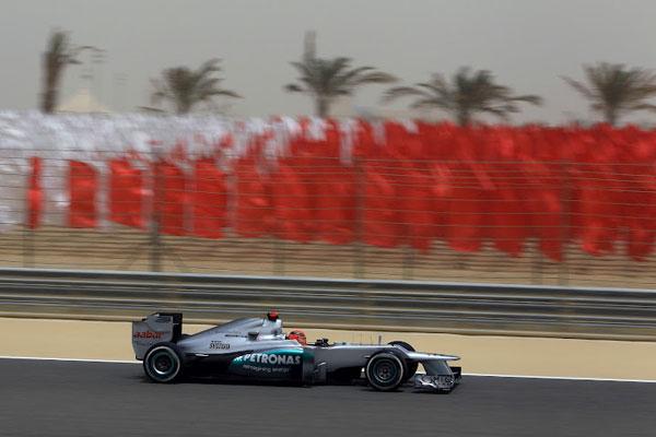 Schumacher protagonizó la sorpresa del sábado, al caer eliminado en la Q1