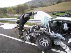 Treinta muertos en veintisiete accidentes