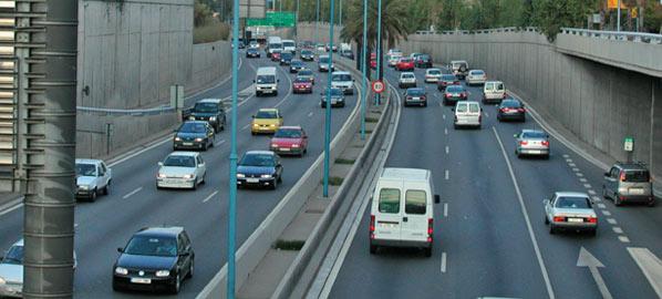Cataluña multará por la velocidad variable