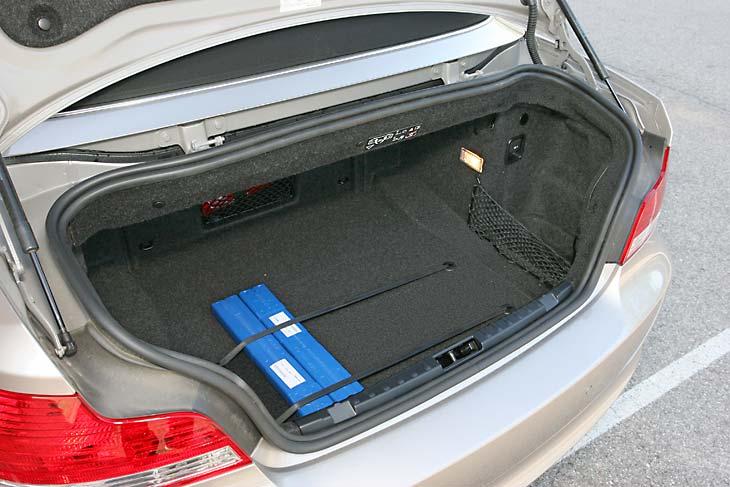 BMW 125i Cabrio detalles interior
