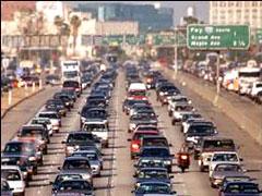 California demanda a los fabricantes de coches