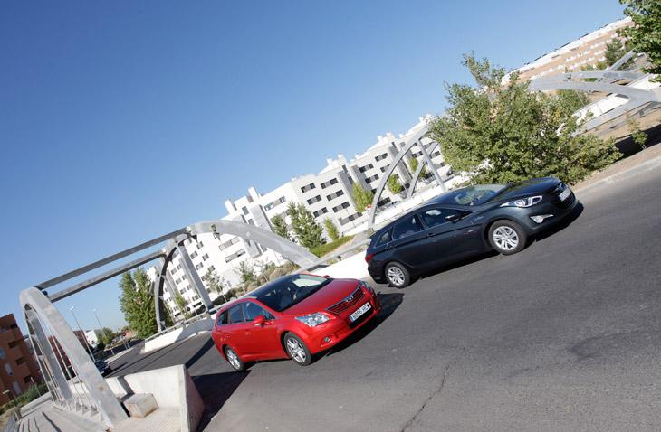 Comparativa Toyota Avensis vs Hyundai i40