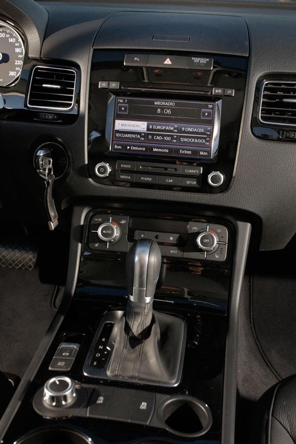 VW Touareg 3.0 TDi Tiptronic/204